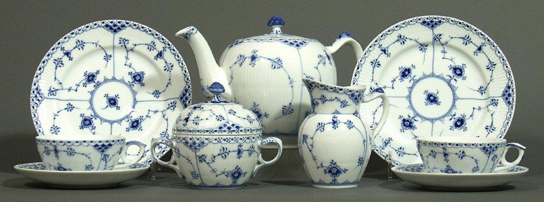 Teeservice für zwölf Personen, Royal Copenhagen.
