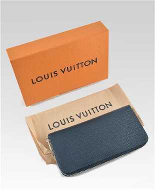 e743ac5537da LOUIS VUITTON VERNIS HOUSTON BABY BLUE TOTE BAG