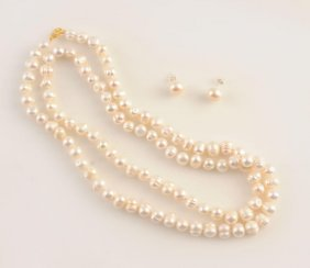 1960: FRESHWATER PEARLS