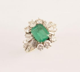 1966: 18K GOLD, EMERALD AND DIAMONDS