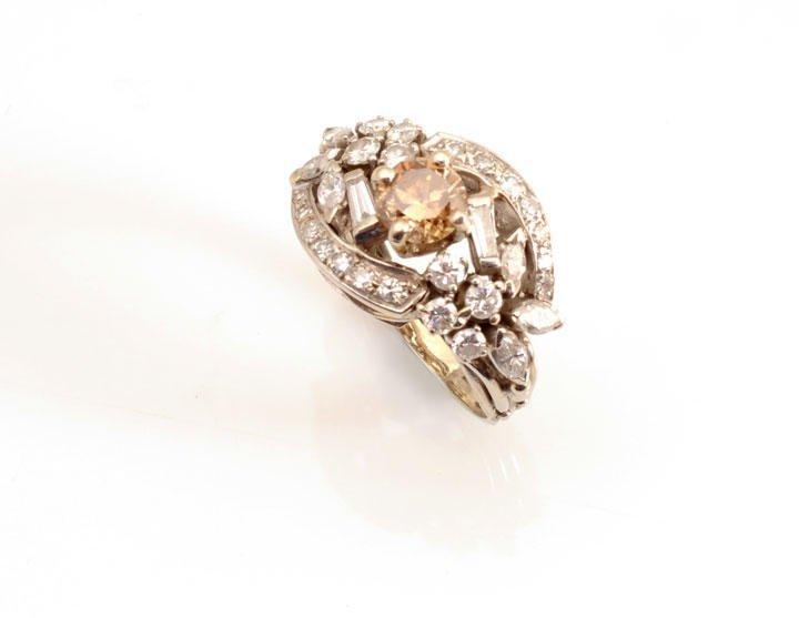 2016: 14K white gold ring, set with 1 round diamond of