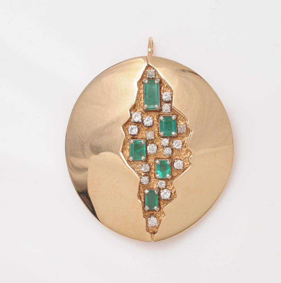 2018: 18K and 14K yellow gold brooch-pendant, set with
