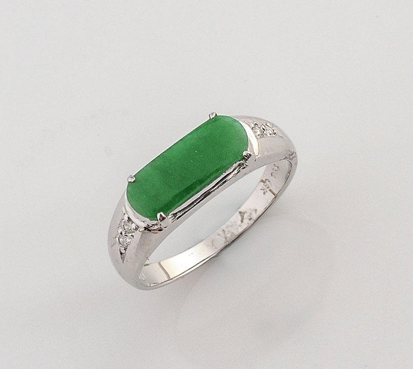 18K GOLD, JADEITE AND DIAMONDS