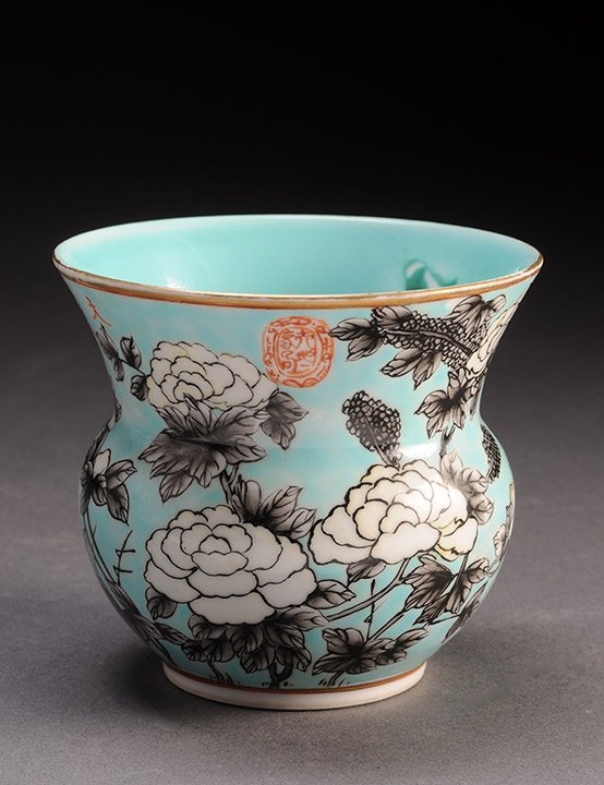 A SMALL TURQUOISE-GLAZED PORCELAIN VASE CHINA, MARKED A