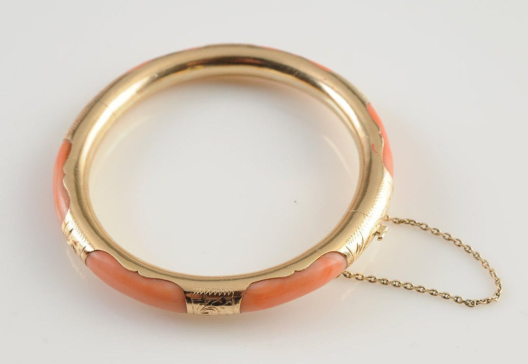 GOLD 14K AND CORAL
