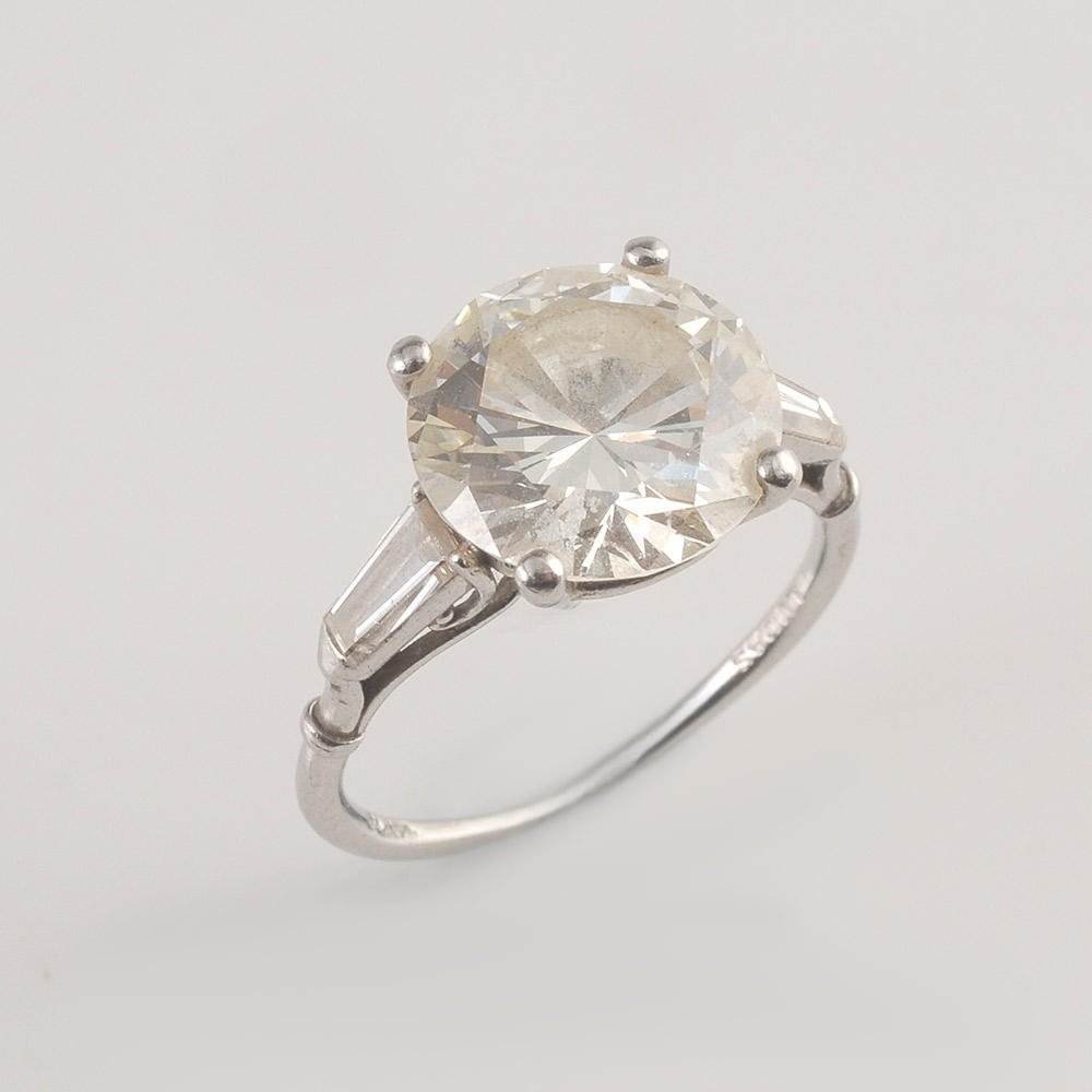 LUCAS - 4.40CT DIAMOND AND PLATINUM