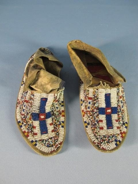 53: Sioux Hard Soled Beaded Moccasins