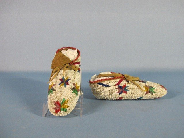 55: Sioux Fully Beaded Moccasins