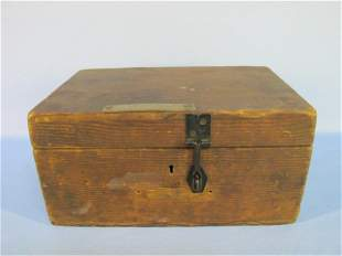 16: Early American Pine Document Box