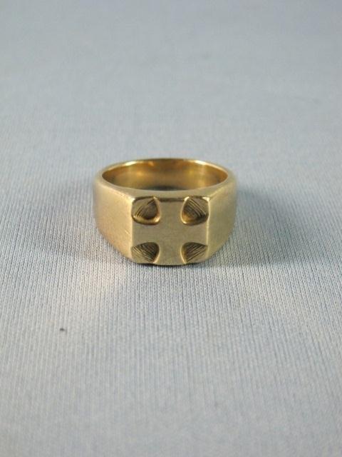 99: James Avery Heavy 14K Gold Man's Cross design Ring