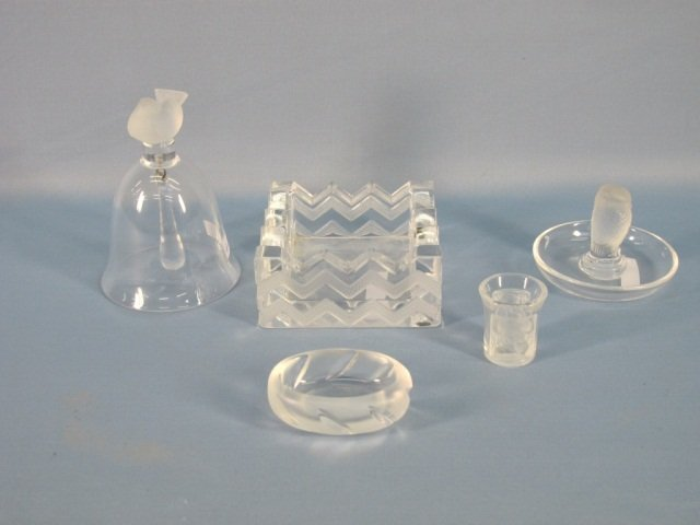 8: Five Laligue Crystal Items, Including