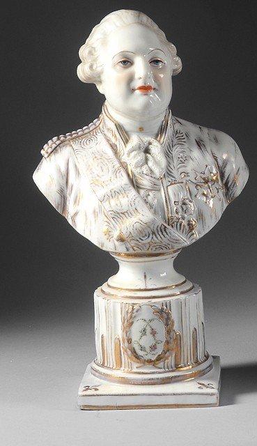 19: Louis XVI, roi de France. Buste en porcelaine blanc