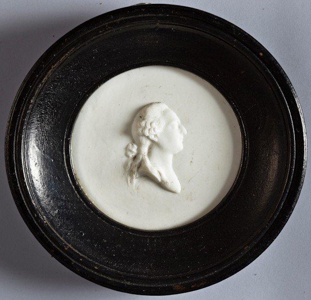22: Louis XVI, roi de France. Médaillon à suspendre en
