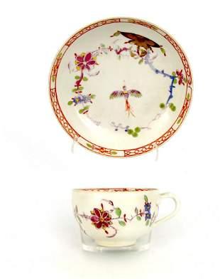 Tasse mit UT mit Vogel-Fels-Dekor, Meissen 1780