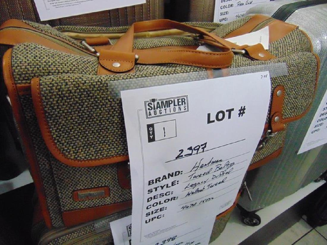 HARTMANN DUFFLE - LEGACY - WALNUT WITH TWEED BELTING -