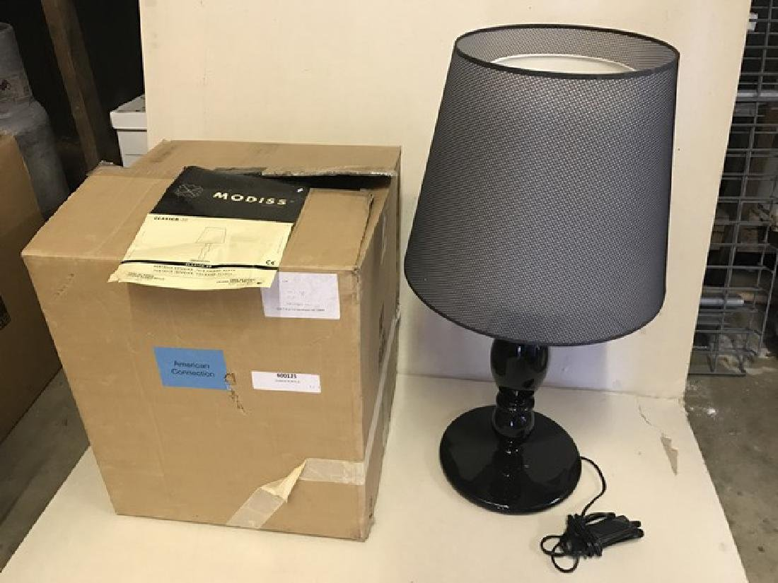 MODISS - CLASICA 30 - TABLE LAMP - BLACK BASE - DOUBLE
