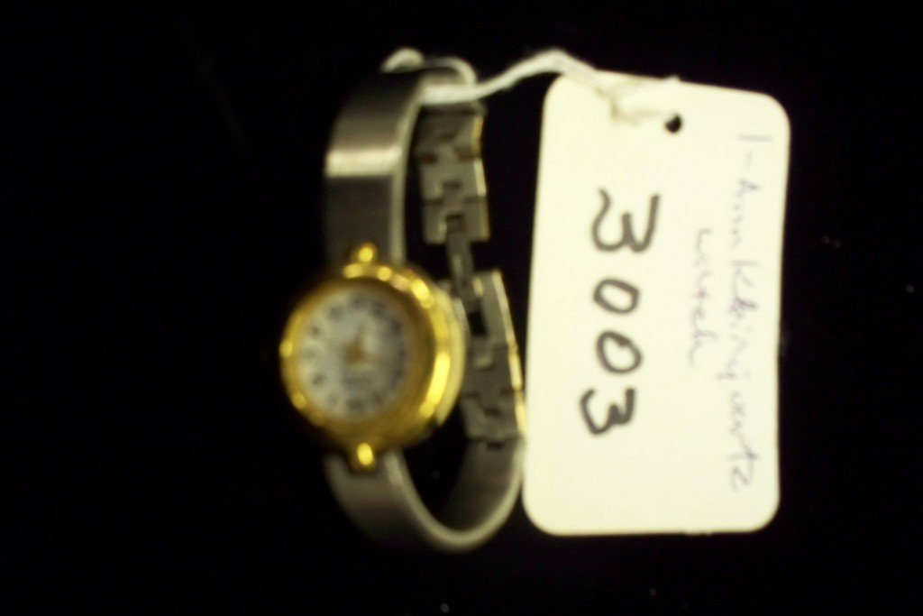 WATCH - ANNE KLEIN - LADIES - QUARTZ / GOLD COLOR CASE