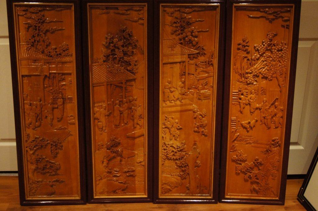 138: 4 pieces of Chinese wooden lacquered panel