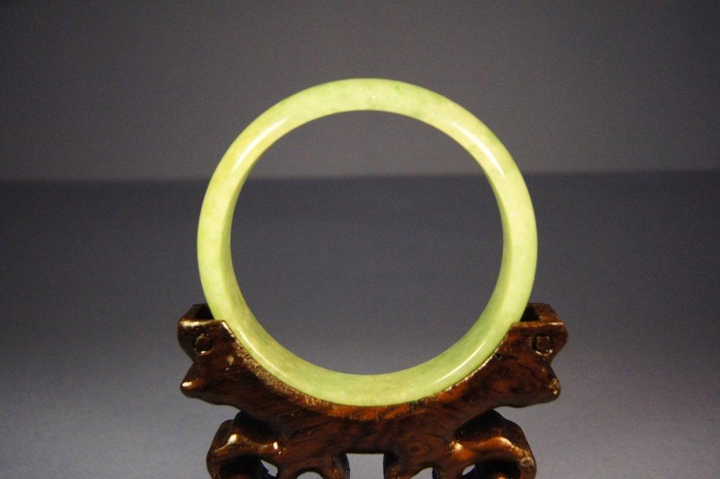 19: Chinese green jade bangle