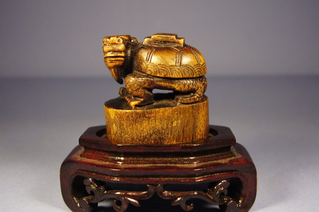 75A: Chinese 17/18th C Rhinoceros Dragon seal