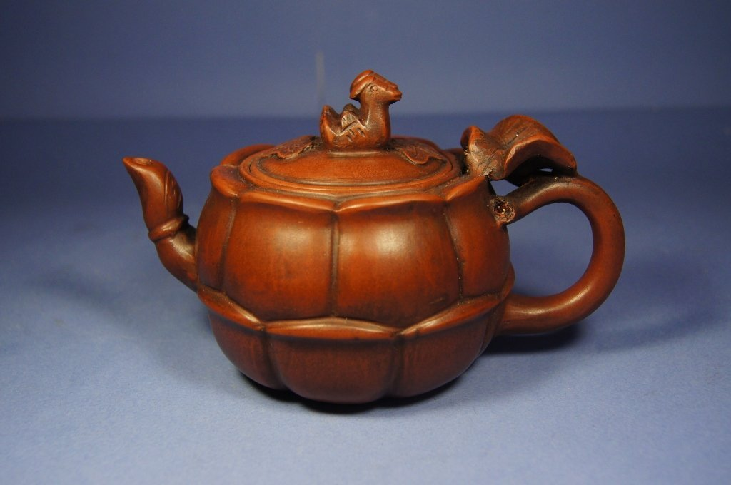 1: Chinese antique Yixing Lotus shape Tea pot