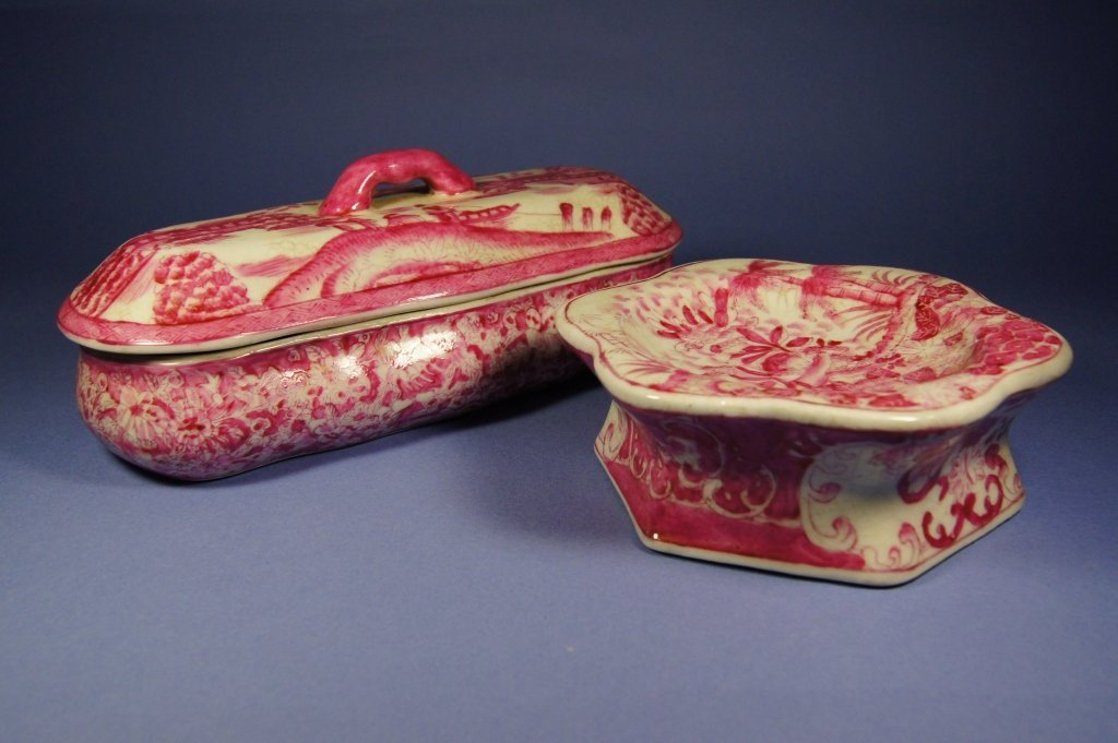 45: Chinese antique Export scholar's box and plate