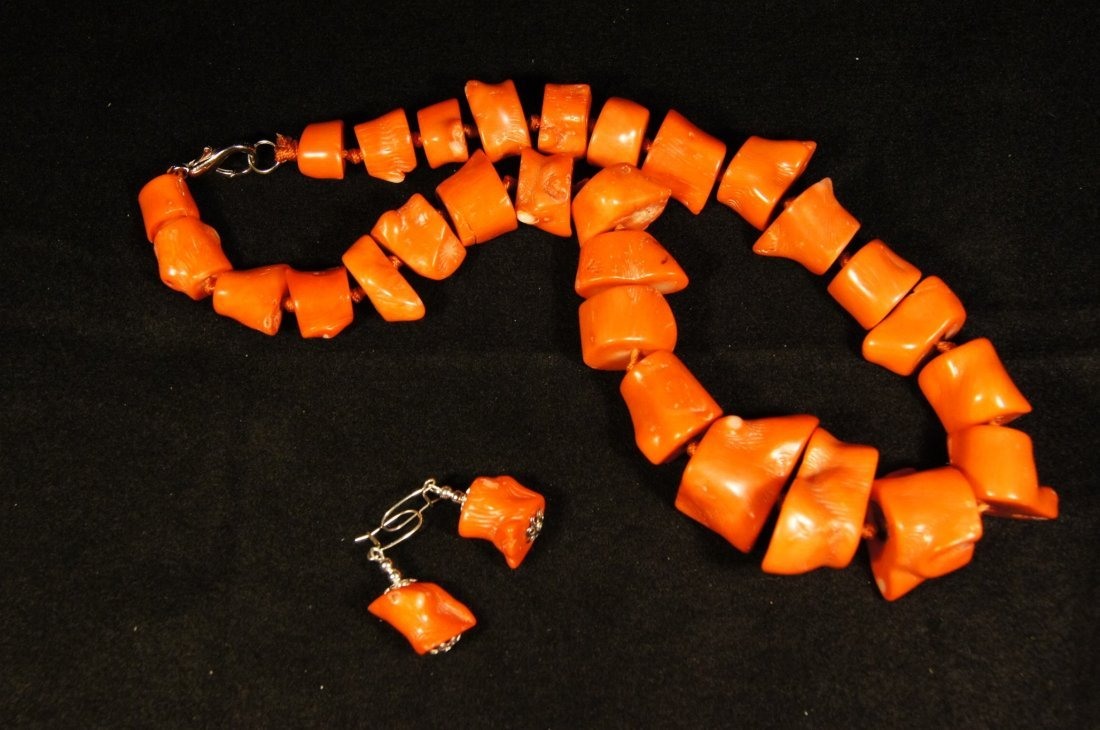 Chinese antique Red coral necklace and earring