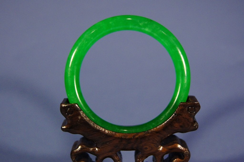 Chinese antique emerald green jadeite Bangle