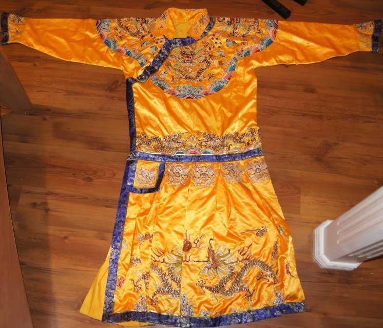 Chinese antique Embroidery Silk Robe