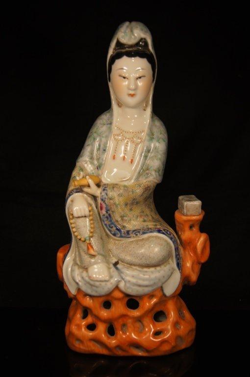 Chinese antique porcelain Kwan Yin statue