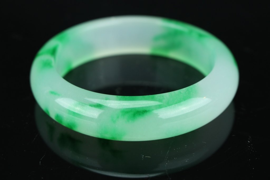 Chinese white and green  jade Bangle : D: 8.1 cm