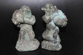 "Lot of 2 Chinese Cast Figures  Size : 6"" T"