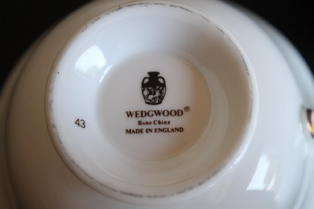 Large Wedgwood China Set - 5