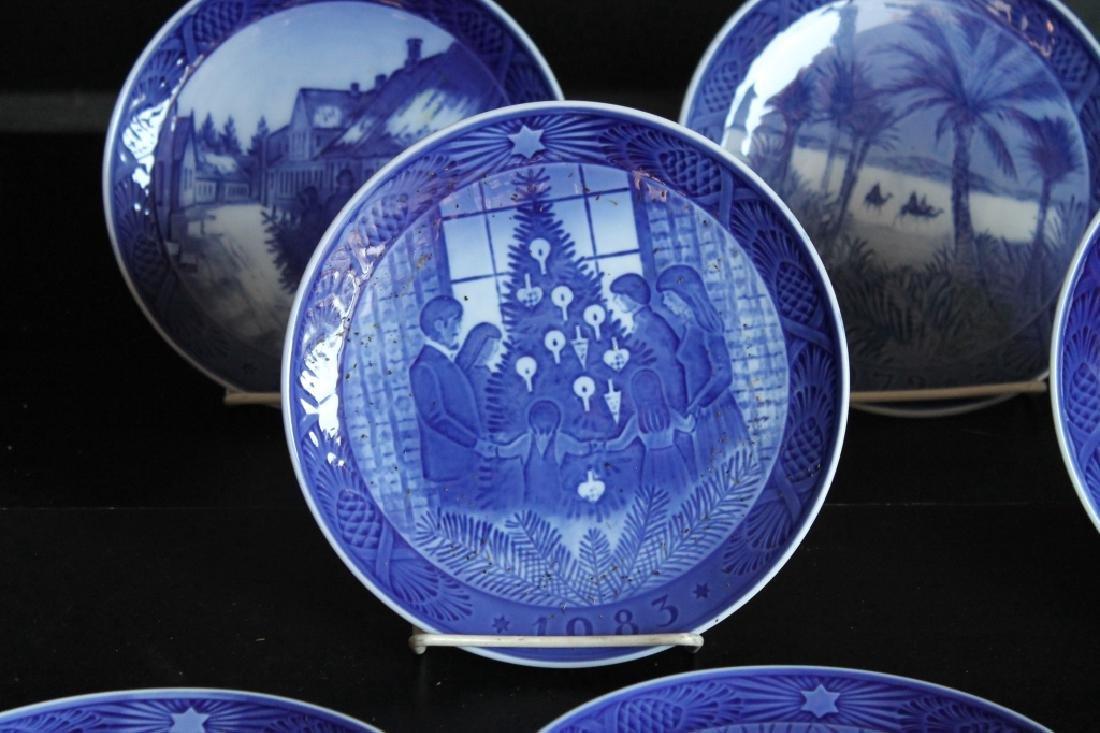 Royal Copenhagen Plate Set - 2