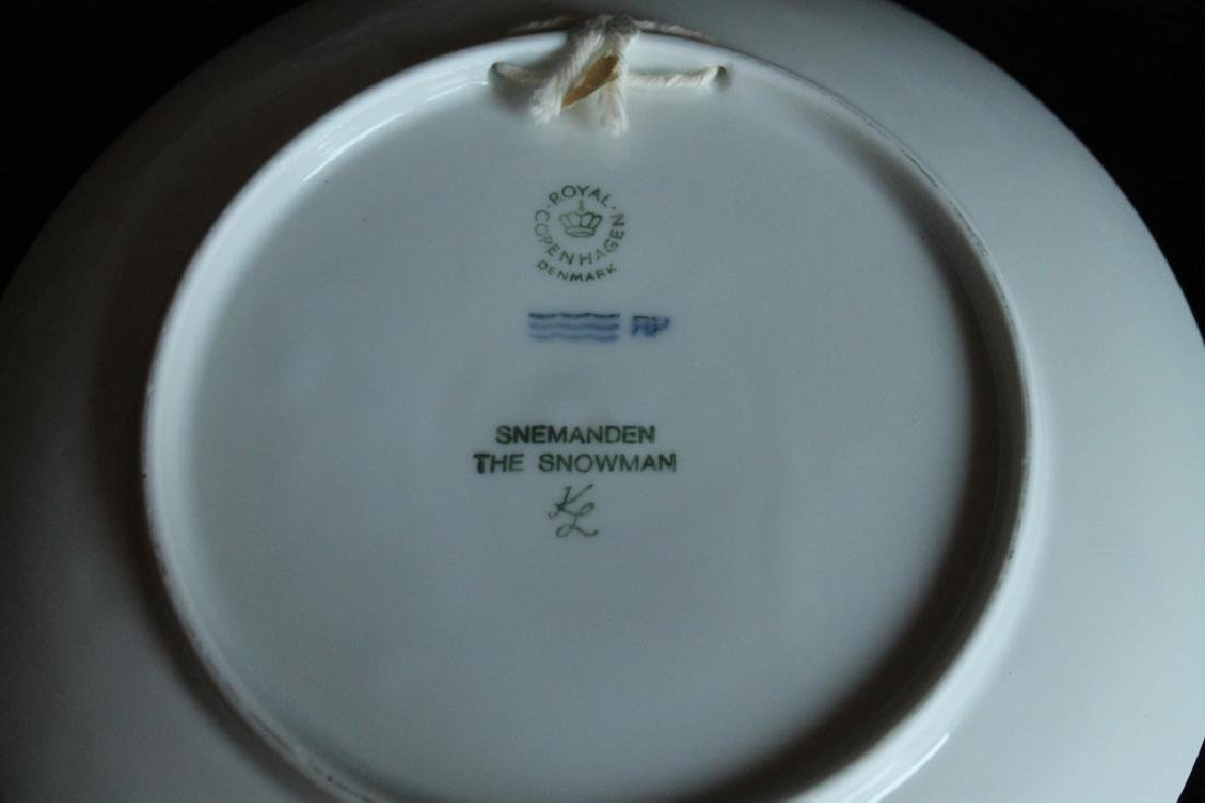 Royal Copenhagen Plate Set - 5
