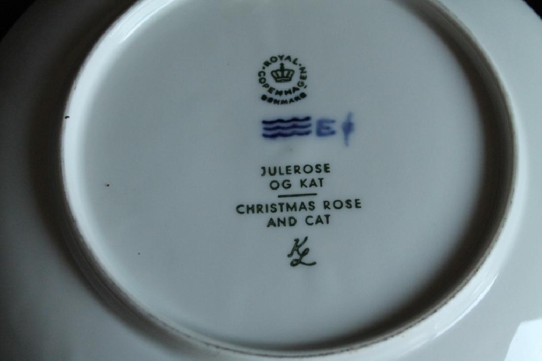 Royal Copenhagen Plate Set - 6
