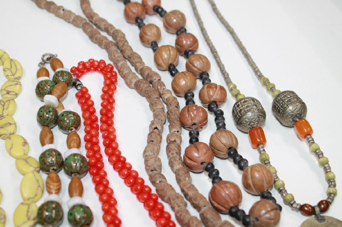 A Group of Various Necklaces - 4