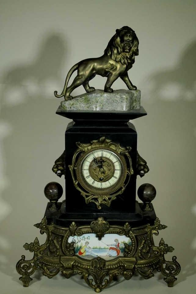 Neoclassical Style Mantel Clock