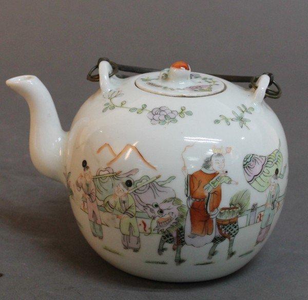 1: Chinese Qing Porcelain Teapot