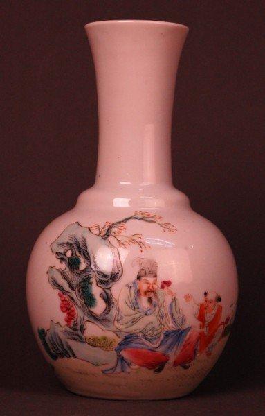 19: Chinese Qing Famille Rose Vase