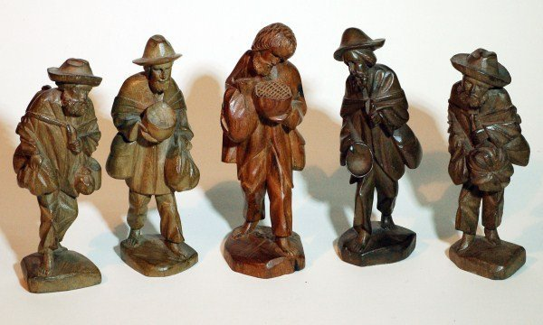 16: Carved Wood Statues - Farmers