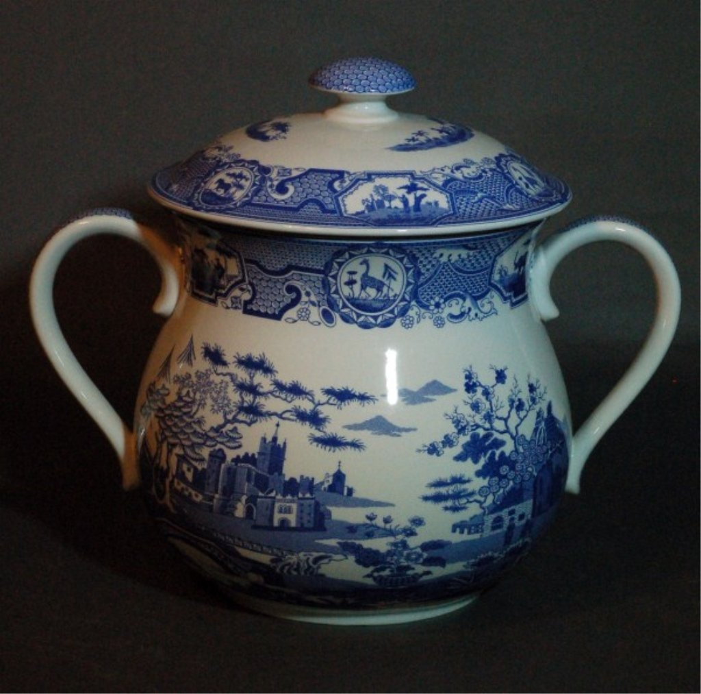 23: Spode Blue & White Porcelain Pot