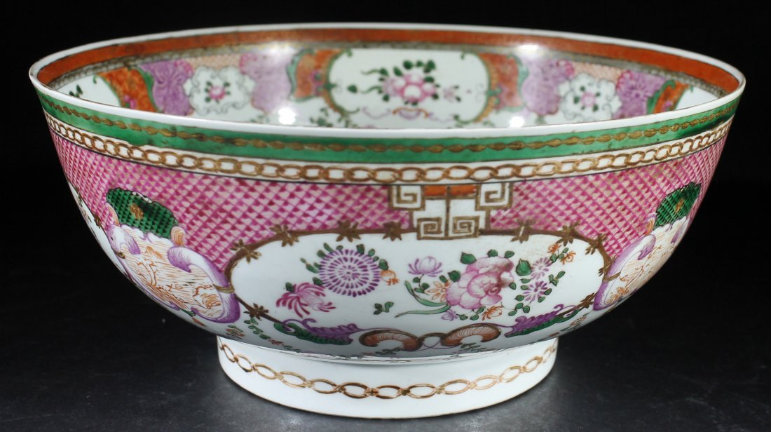 Large Chinese Famille Rose Export Bowl