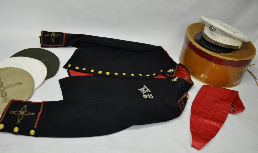 United States Marine Dress Uniform