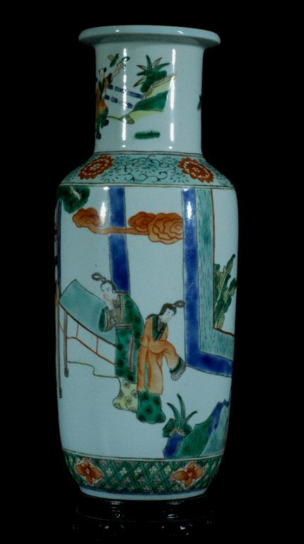 Qing Dynasty Chinese Wucai Vase