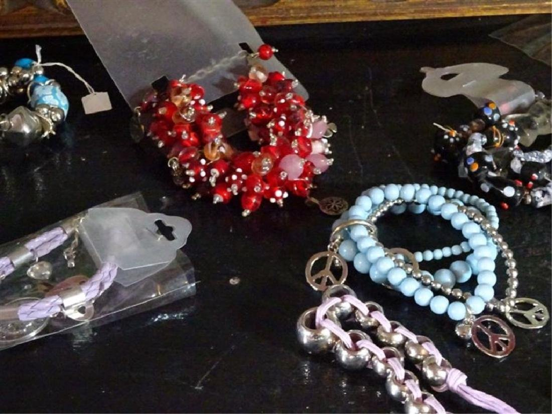 BOX LOT NEW COSTUME JEWELRY, BEADED BRACELETS AND - 3