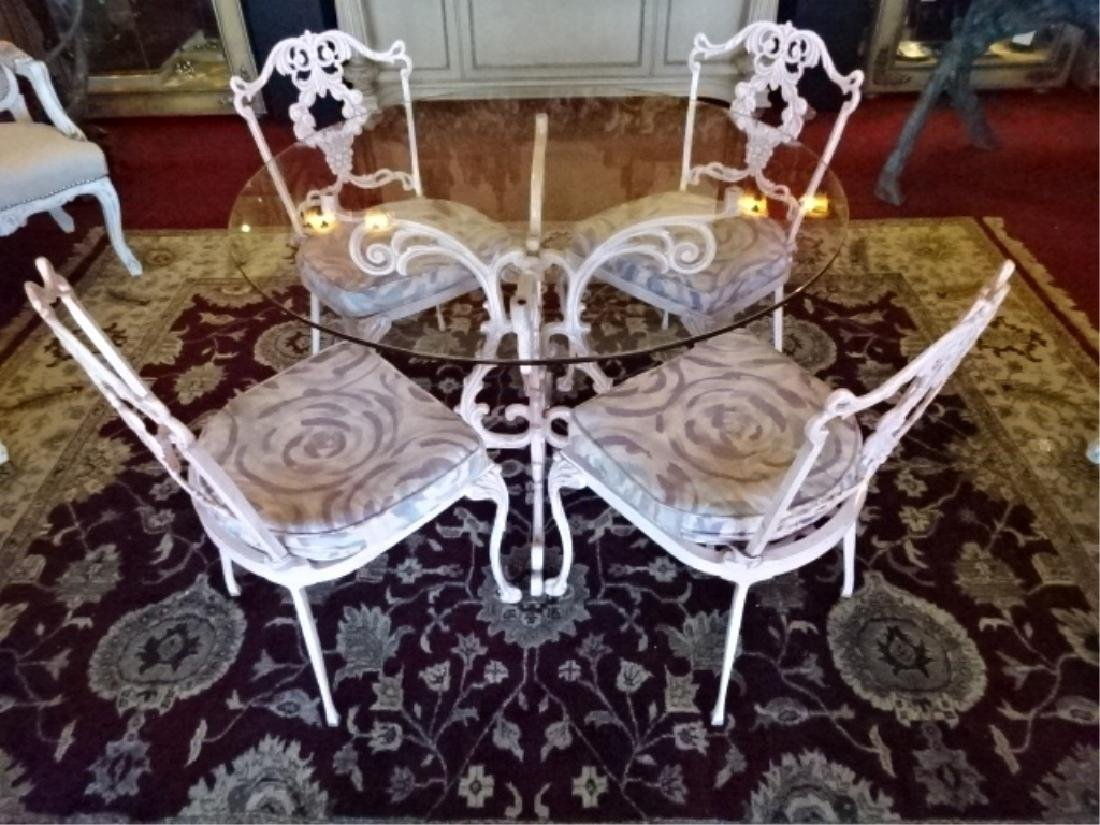 5 PC ORNATE ALUMINUM TABLE AND 4 CHAIRS, ROUND GLASS