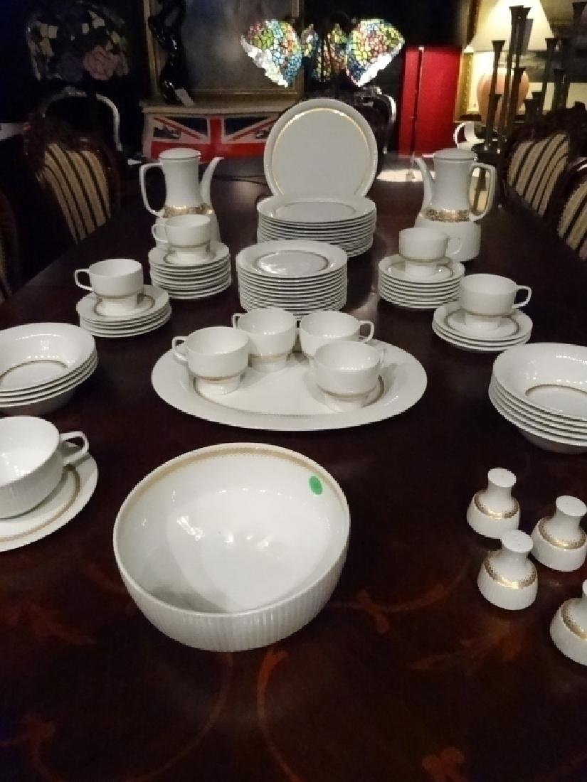75 PC ROSENTHAL CHINA SERVICE, INCLUDES 12 PLATES, 12 - 4