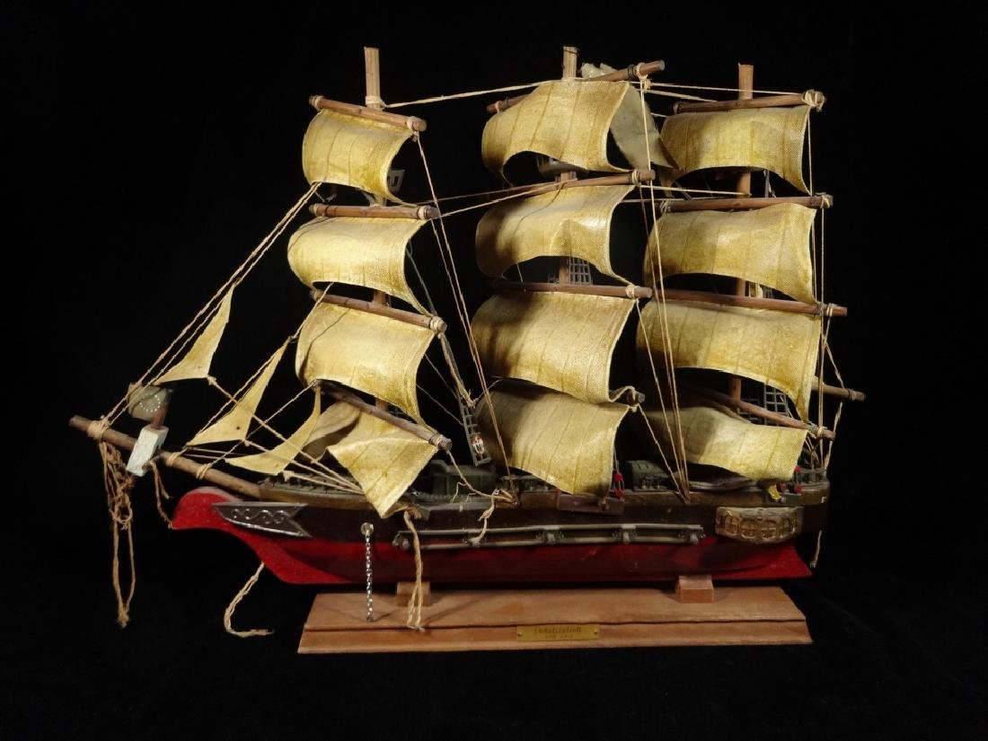 WOODEN SHIP MODEL, CONSTITUTION CIRCA 1814, WITH LABEL