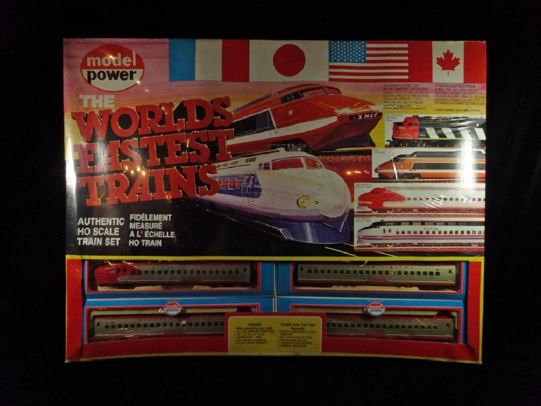 MODEL POWER HO SCALE TRAIN SET, 1083 SANTA FE BULLET